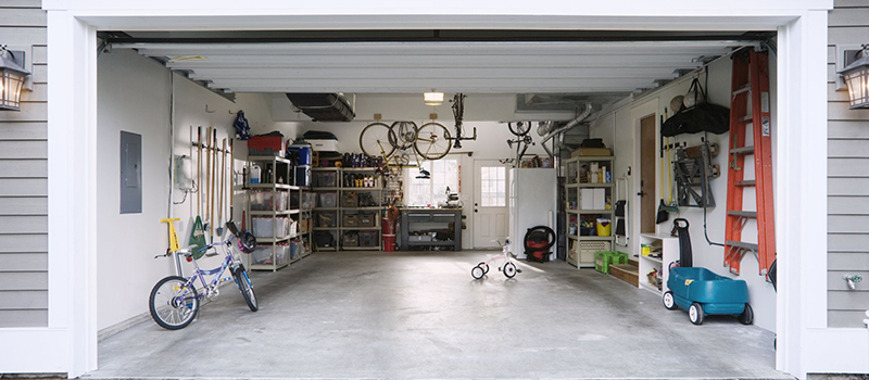professional garage door repair team